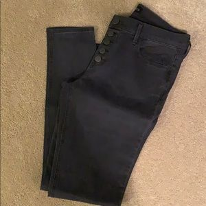 Express black denim size 6